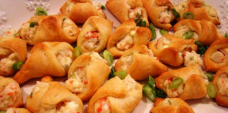 crab and cream cheese filled crescent rolls