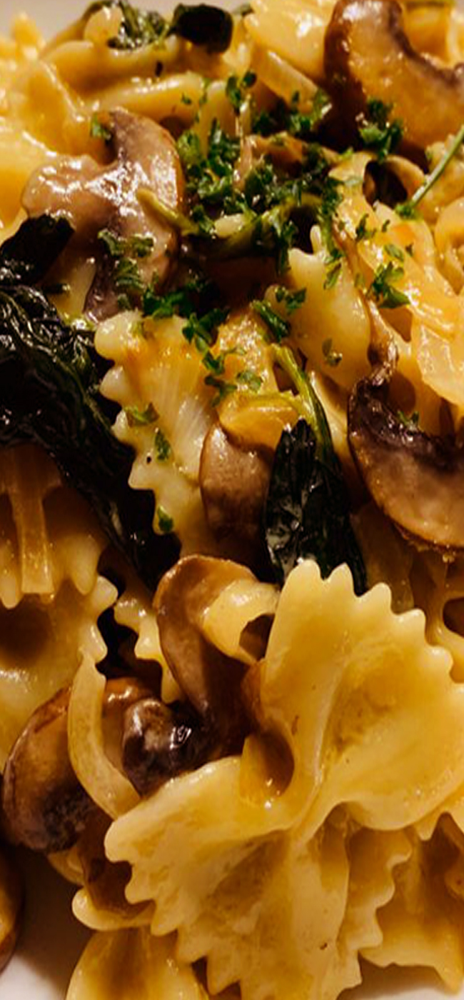 Farfalle Pasta with Spinach Mushrooms